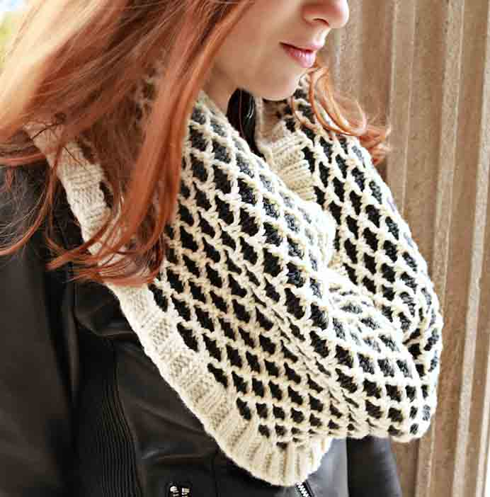 Such a stylish design for a cowl. Julie at Knitted Bliss has shared her free Eucalan Lattice Cowl knitting pattern. Please share. You will always look forward to Mondays, with our craft inspiration roundups -CraftyLikeGranny.com #knitting
