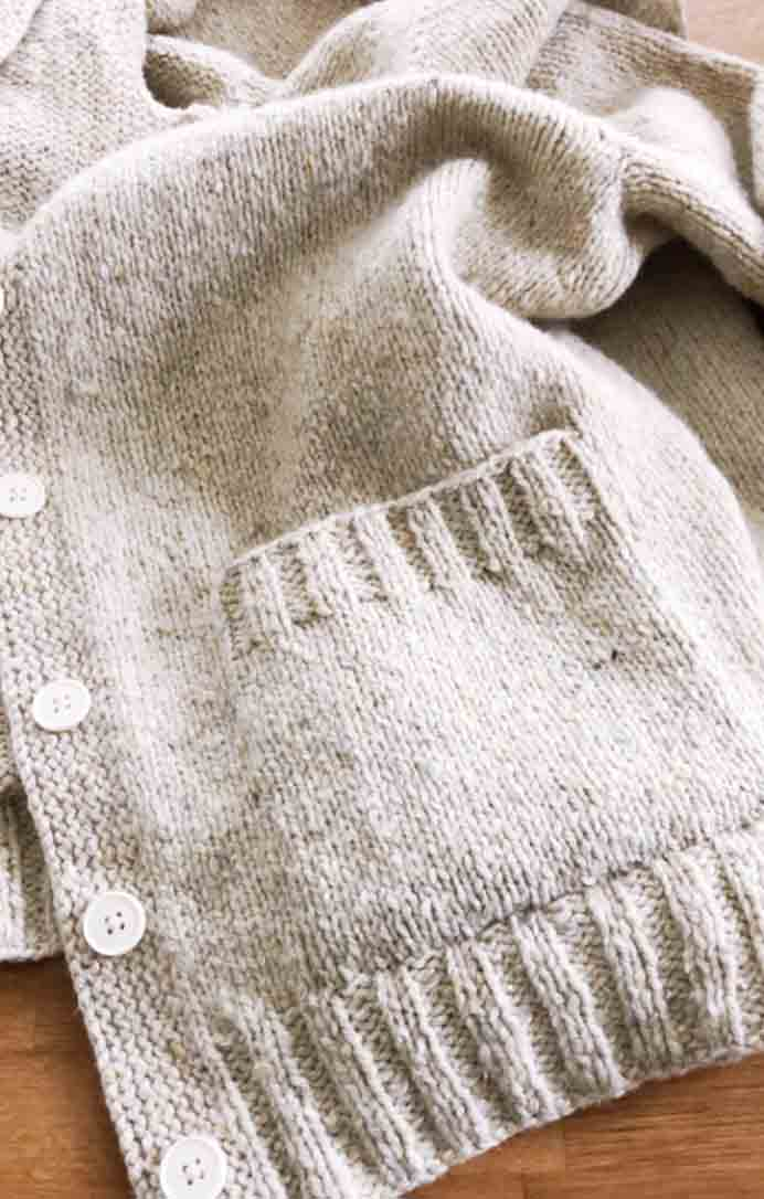 Karen steps you through her process to create knitted Graft Seam Patch pockets. These were added to her gorgeous Vanilla Cardigan. Please share. Join now for creative craft inspiration. The best in craft delivered to your inbox every Monday - CraftyLikeGranny.com #knitting
