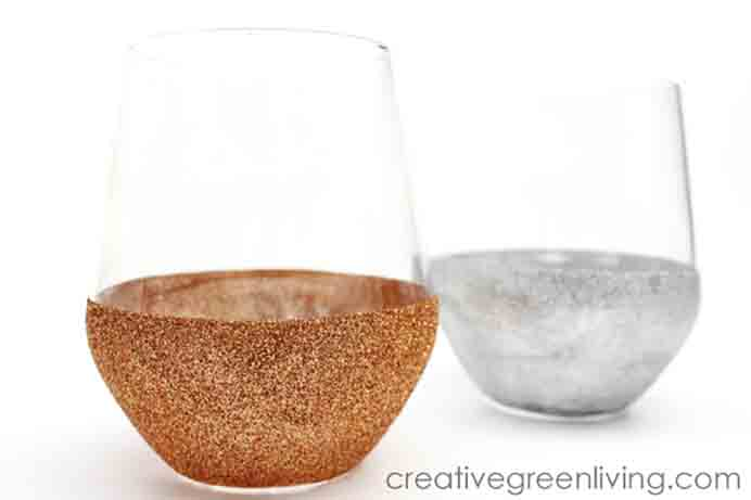 These glasses would look stunning on any table for the Christmas celebrations. Just a note, they do need 30 days of curing time to make them dishwasher safe. Take a look at Creative Green Living's tutorial. Please share. Look forward to Mondays with our craft inspiration newsletter. Crafty goodness delivered to your inbox - CraftyLikeGranny.com #DIY #Decorations