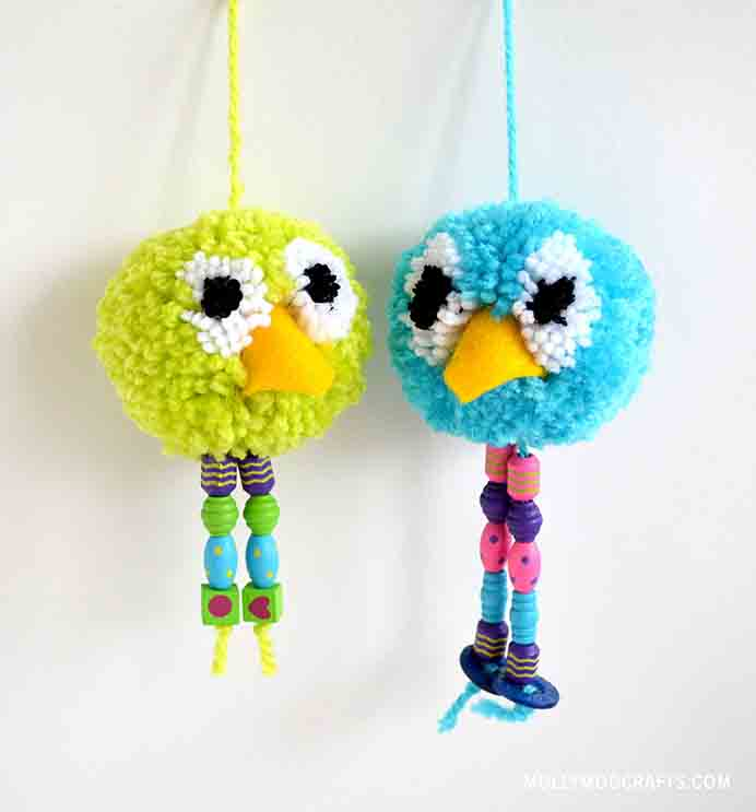 Pom Pom Bird Craft. These adorable birds are a simple project to take on. Kids would love getting involved too. Follow Michelle's tutorial on Molly Moo Crafts. Please share. Look forward to Mondays with our craft inspiration newsletter. Crafty goodness delivered to your inbox - CraftyLikeGranny.com #KidsCraft #Pompoms