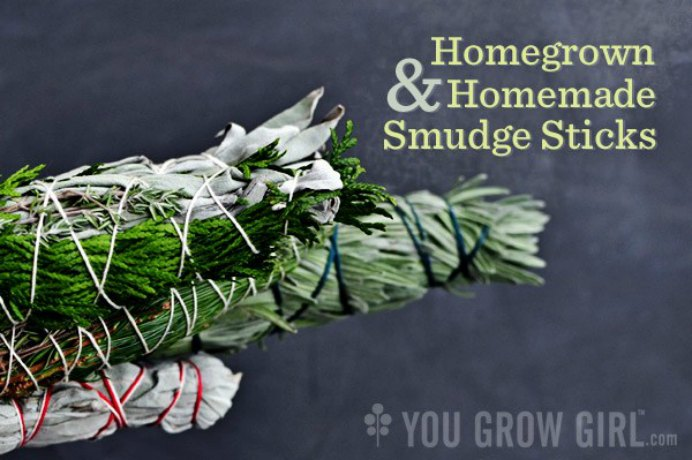 Make Your Own Smudge Stick What is a Smudge stick I hear you ask and what do they do? Read all about them here at You Grow Girl and how you can make one from plants found in your garden. Please share. Look forward to Mondays with our craft inspiration newsletter. Crafty goodness delivered to your inbox - CraftyLikeGranny.com #gardening