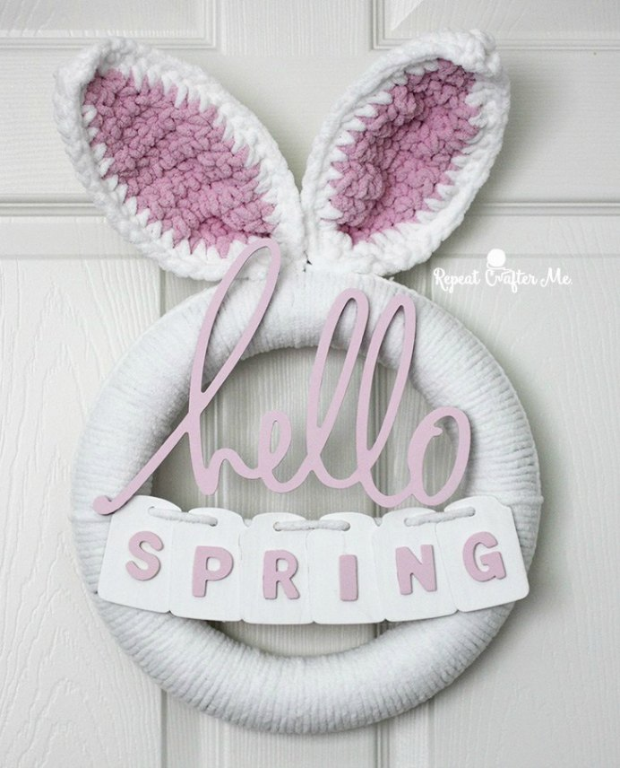Sarah at Repeat Crafter Me has created a tutorial for Easter. Craft up her Crocheted Easter Wreath in an afternoon and enjoy all the wonderful compliments that you'll receive, when people arrive at your front door :) Please share and make Mondays fun, get our craft inspiration delivered to your inbox - CraftyLikeGranny.com #crochet #crochetpatterns #crochetpatternsfree