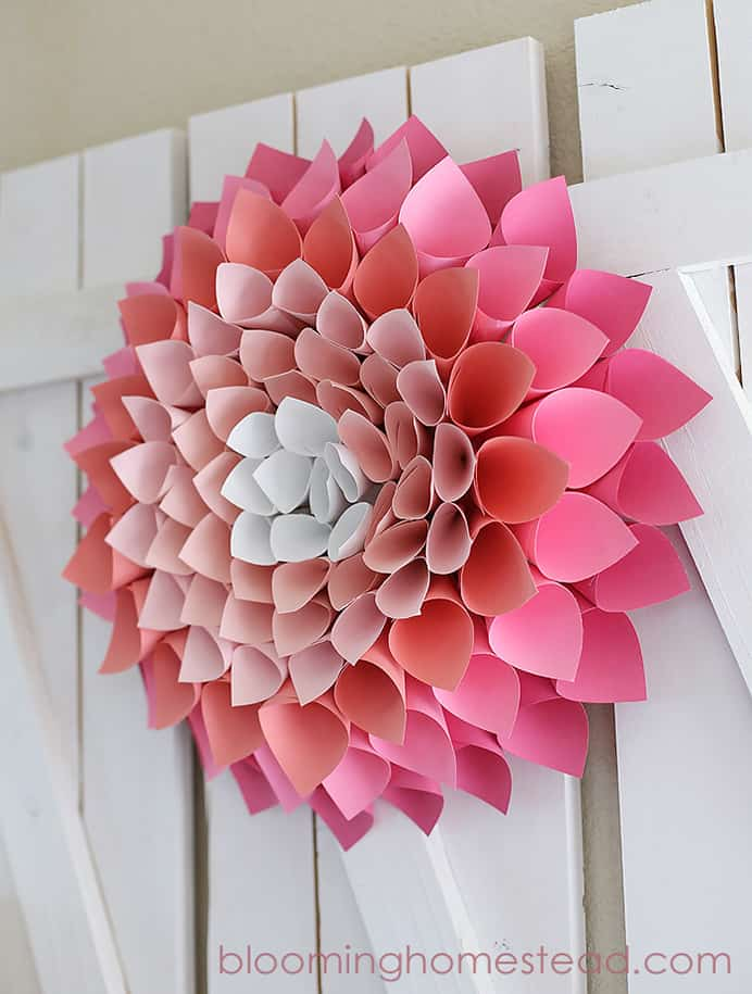 DIY Spring Wreath. Marie at Blooming Homestead shares her tutorial to make a simple and effective Spring Wreath. It would look gorgeous on any wall :)Please share and make Mondays fun, get our craft inspiration delivered to your inbox - CraftyLikeGranny.com #papercraft #crafts #DIY