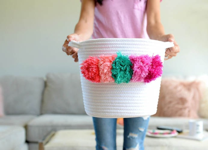 DIY Pom Pom Baskets. Use these fun pom poms by Jillan at Hello Splendid and add them to a basket. You could use left over embroidery thread or even yarn for this crafty project. Your Mom would love to receive this as a gift to store whatever she liked :) Please share and make Mondays fun, get our craft inspiration delivered to your inbox - CraftyLikeGranny.com #DIY #Craft #Craftideas