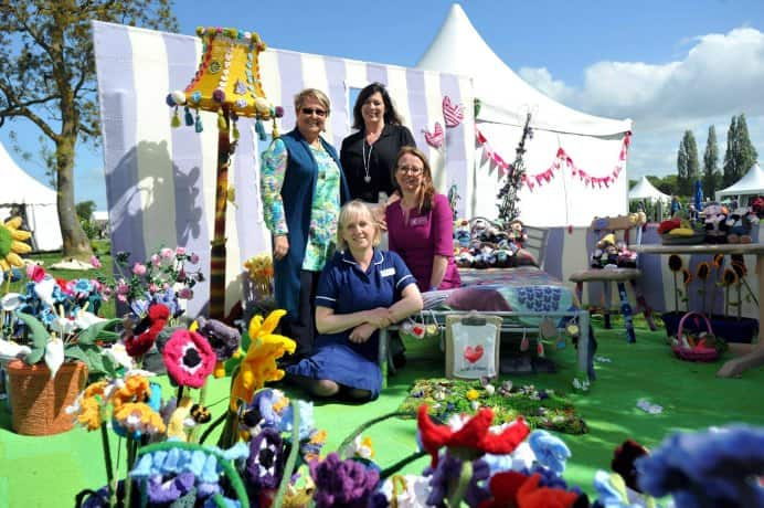 The day finally arrived after a huge effort by crafters around the world, to help Clare with her knitted Work of Heart Garden display at RHS Malvern Spring Festival & Malvern Autumn Show. Clare's story is so moving and it just shows how when crafters rally together they can achieve amazing things! Read more in this article. Please share. Make Mondays more manageable and sign up for our craft inspiration newsletter. Delivered to your inbox - CraftyLikeGranny.com #knitting_inspiration #knitting #craft #knittingguru