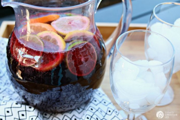 Sangria is such a lovely summer drink. Kim at Today's Creative Life, inspired by her recent family holiday to Spain, found Sangria was easy to put together and very easy to drink too! Please share. Look forward to Mondays with our craft inspiration newsletter. Crafty goodness delivered to your inbox - CraftyLikeGranny.com #beverage #recipe #cocktails