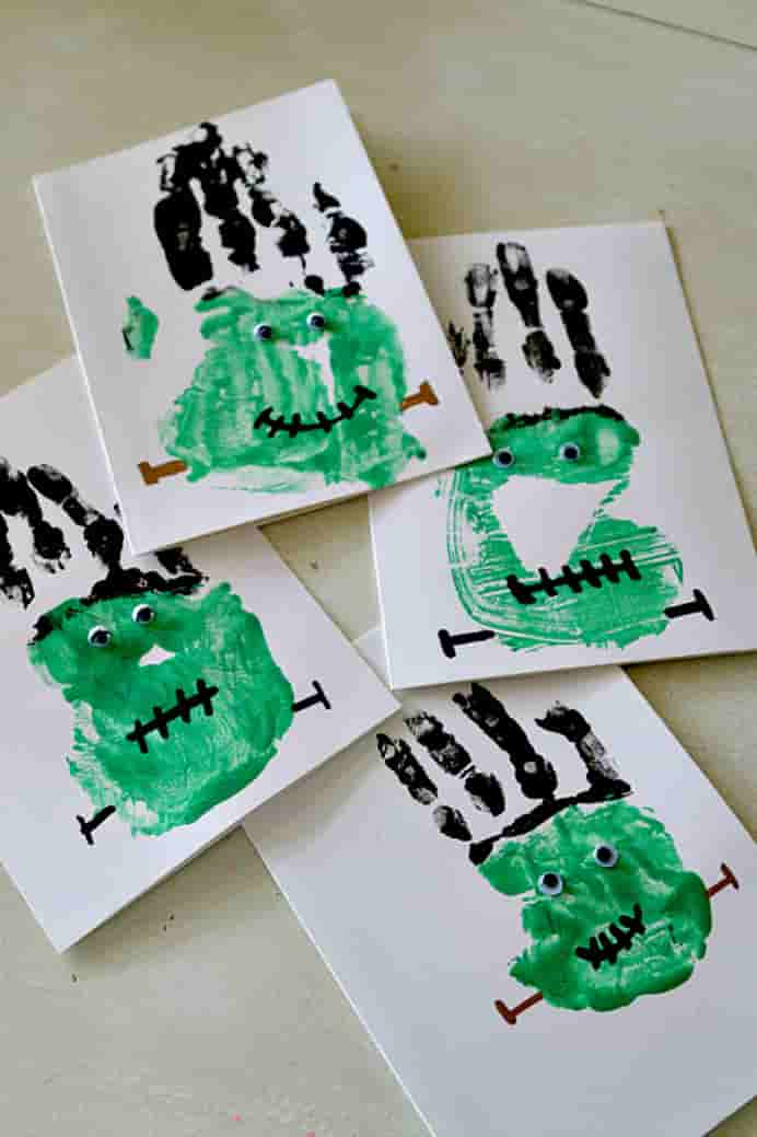 Frankenstein Handprints tutorial by Momdot. Kids will love creating these Halloween inspired handprints. Please share. Join now for creative #craft inspiration. The best in craft delivered to your inbox every Monday - CraftyLikeGranny.com #halloweencrafts #papercrafts #easycrafts