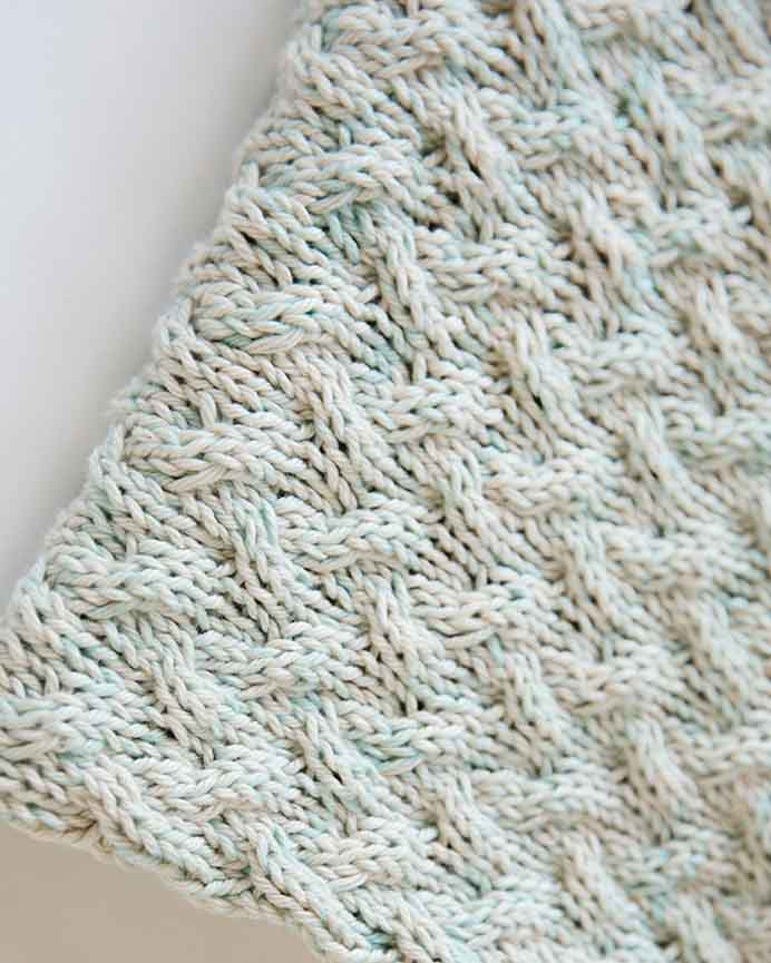 Alnaar from Lee Lee Knits Waterfall Baby blanket uses simple cables to create a beautiful effect. Using soft yarn in pastel colors it looks lovely. Follow the free pattern here. Please share. You will always look forward to Mondays, with our craft inspiration roundups -CraftyLikeGranny.com #knitting #babyblanket #freeknittingpattern