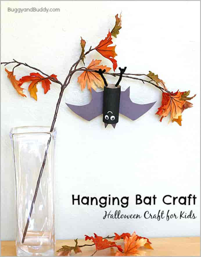 Hanging Bats by Buggy and Buddy. Easy Halloween #craft for kids to do. Few materials required and they look great. Please share. Look forward to Mondays with our craft inspiration newsletter. Crafty goodness delivered to your inbox - CraftyLikeGranny.com #halloweencrafts #easycrafts #papercraft #diy