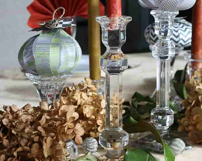 A French Twist has simple Thanksgiving Tablescape ideas for you to try. Please share and make Mondays fun, get our craft inspiration delivered to your inbox - CraftyLikeGranny.com #thanksgivingcrafts #thanksgivingideas #craft #diy