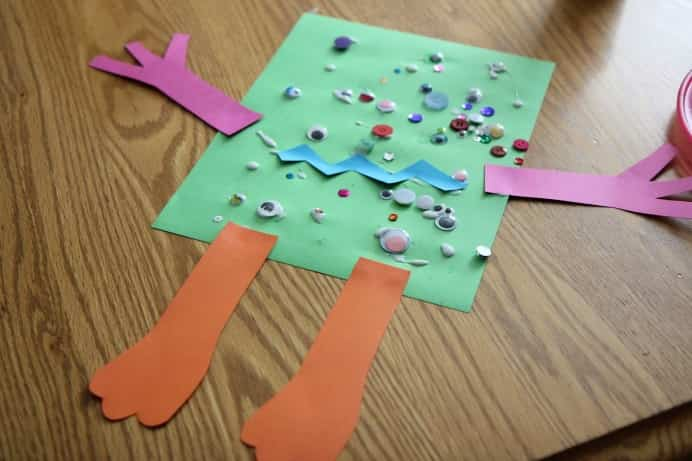 Easy Monster Craft Kids love to use glue and stick things on paper. Toddlers will get right into sticking googly eyes on the body of their monster. Please share and make Mondays fun, get our craft inspiration delivered to your inbox - CraftyLikeGranny.com #halloweencrafts #kidscrafts