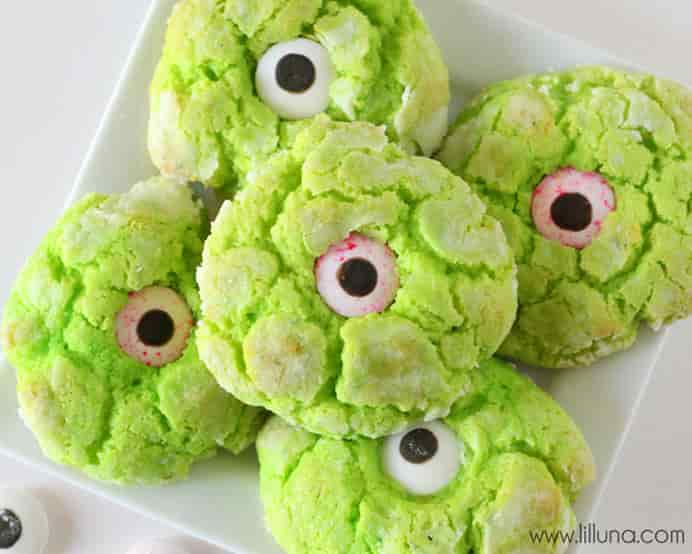 Ooey-Gooey-Monster-Eye-Cookies. Enjoy baking monster cookies with the little people in your life. They will love placing on the candy eyes on the cookies. Please share. Make Mondays more manageable and sign up for our craft inspiration newsletter. Delivered to your inbox - CraftyLikeGranny.com #halloweencrafts #kidscrafts