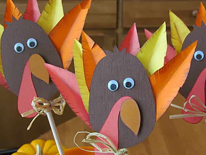 Turkey Decorations for Kids for Thanksgiving Table Decorations. Please share. Sign up to our craft inspiration roundup newsletter and make Mondays more manageable. Fabulous Crafty ideas and projects delivered to your inbox - CraftyLikeGranny.com #thanksgivingcrafts #thanksgivingideas #craft #diy