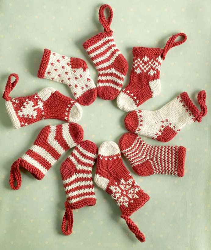 Mini Christmas Stockings. Julie from Little Cotton Rabbits has this adorable free knitting pattern. They would make a lovely gift. Please share. Join now for creative craft inspiration. The best in craft delivered to your inbox every Monday - CraftyLikeGranny.com #knitting #knittingpatterns #knittinginspiration