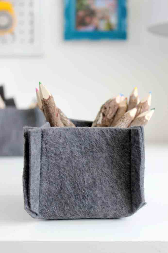 DIY Felt Basket, Thinking of a nice easy project to begin? This felt basket is a cinch! Love Create Celebrate steps you through the process.Please share. The best in craft delivered to your inbox every Monday - CraftyLikeGranny.com #Felting