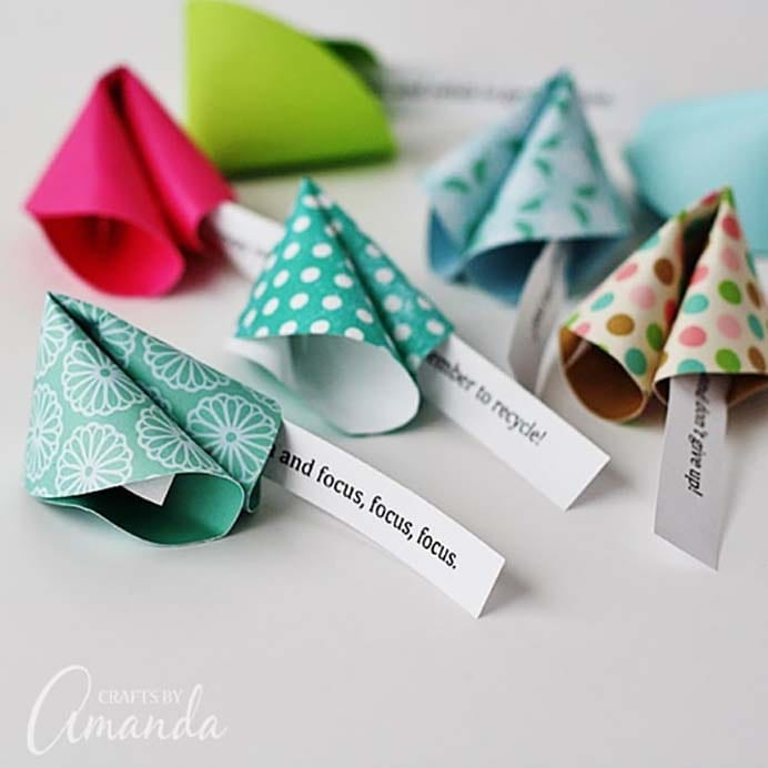 Making paper fortune cookies is fun and your guests will enjoy the New Year messages. You can create your own messages or use the prepared printable Amanda made. Follow the easy to do tutorial on Crafts By Amanda. Please share. You will always look forward to Mondays, with our craft inspiration roundups -CraftyLikeGranny.com #newyears #newyearseve #diycrafts