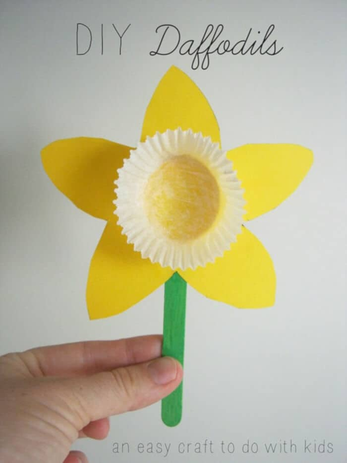 DIY Daffodils by Mend and Make New