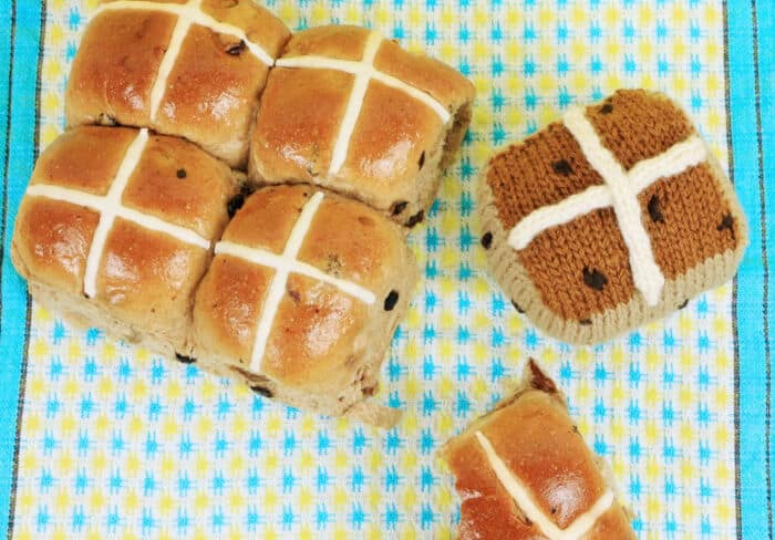 Knitted Hot Cross Bun by My Poppet Makes