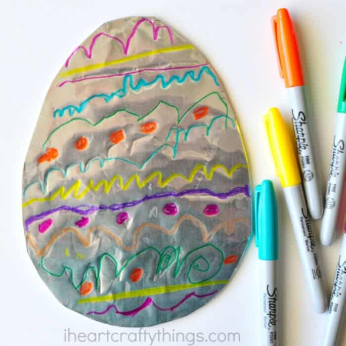 Tin Foil Easter Egg Art by I Heart Crafty Things