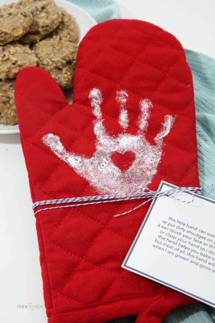 Handprint Oven Mitt by The Idea Room