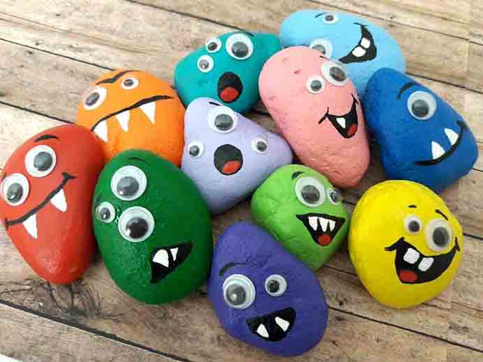 Rock Monster Craft. Hiding rocks is an activity that my youngest really enjoys when we are out and about at parks. Angela from The Inspiration Edit has a tutorial on how to make rock monsters for Halloween. Please share. You will always look forward to Mondays, with our craft inspiration roundups -CraftyLikeGranny.com #halloweencraftforkids #halloweencrafts #kidscraft