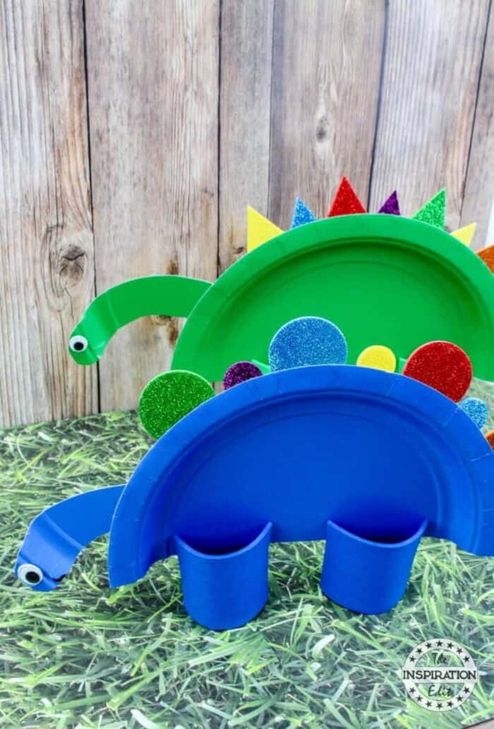 Super Cute Rainbow Dinosaur Paper Plate Craft by The Inspiration Edit