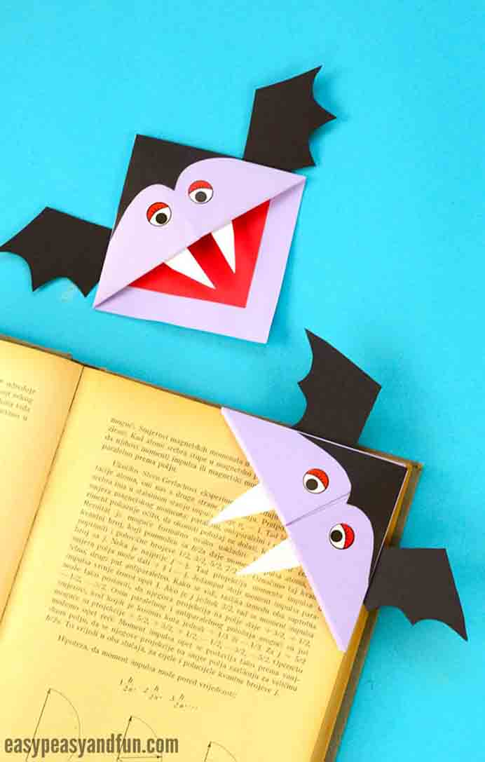 Vampire Corner Bookmark. Kids will love to mark where they are up to in their readers with this craft project. Follow Andreja's step by step instructions or watch her short video tutorial. Please share and make Mondays fun, get our craft inspiration delivered to your inbox - CraftyLikeGranny.com #halloweencraftforkids #halloweencrafts #kidscraft