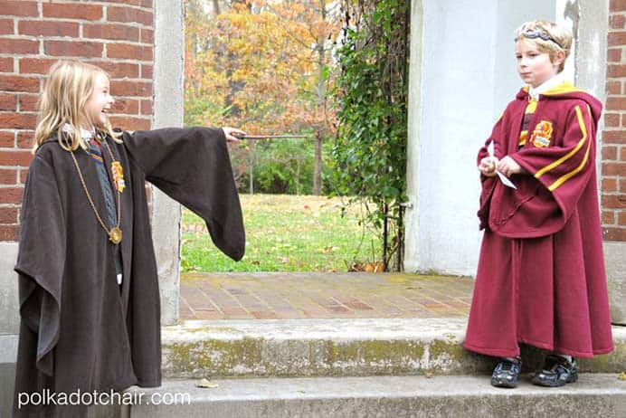 DIY Quidditch Robes. Melissa from Polkadot Chair shares her designs for Quidditch Robes in her sewing tutorial. She made them for her own children, who are big Harry Potter fans. Please share. The best in craft delivered to your inbox every Monday - CraftyLikeGranny.com #harrypottercrafts #sewing #sewingtutorial