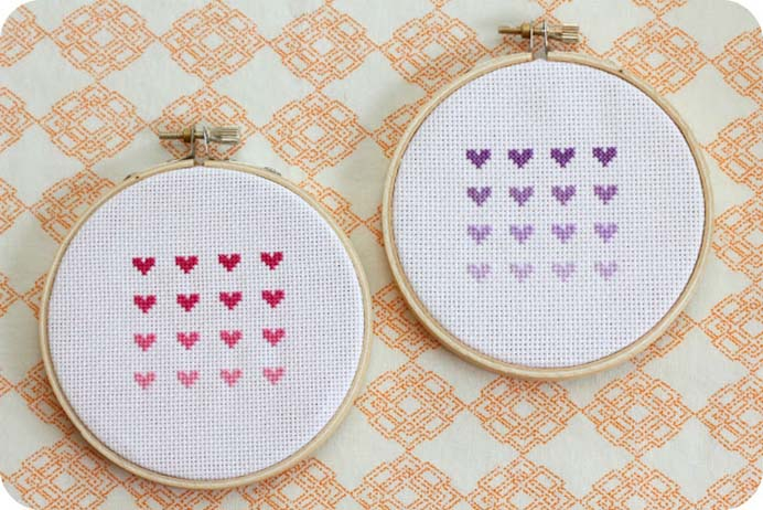 Cross Stitch Ombre Hearts. A lovely use of gradient and a simple cross stitch design. Follow Allison's tutorial on Little Lovelies By Allison. Please share and make Mondays fun, get our craft inspiration delivered to your inbox - CraftyLikeGranny.com #valentinesdaycrafts #crossstitch #needlecraft