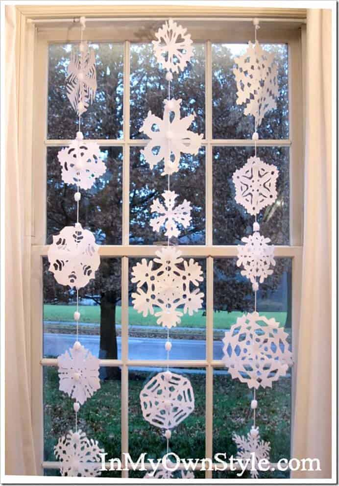 How To Make A Paper Snowflake Window Curtain. Diana's very detailed tutorial on how to create this winter craft inspired window dressing is great! The result looks so lovely and wintery. Please share and make Mondays fun, get our craft inspiration delivered to your inbox - CraftyLikeGranny.com #wintercrafts #papercraft #homedecor