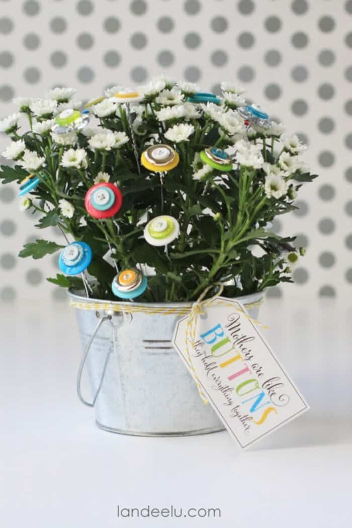 Button Bouquet by Landeluu
