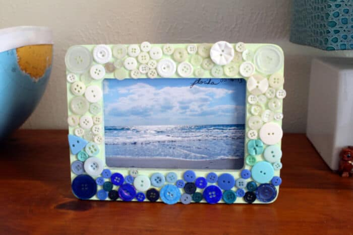 DIY Button Ombre Frame by Punk Projects