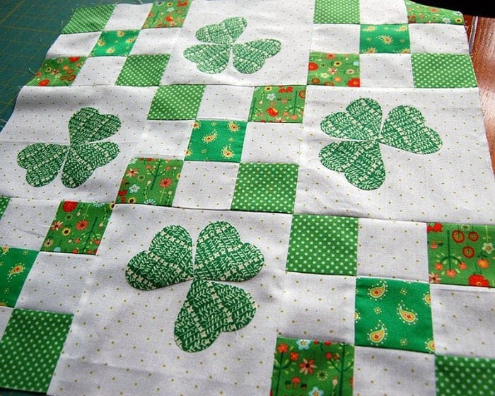 Irish Chain Quilt Tutorial by The Cloth Parcel