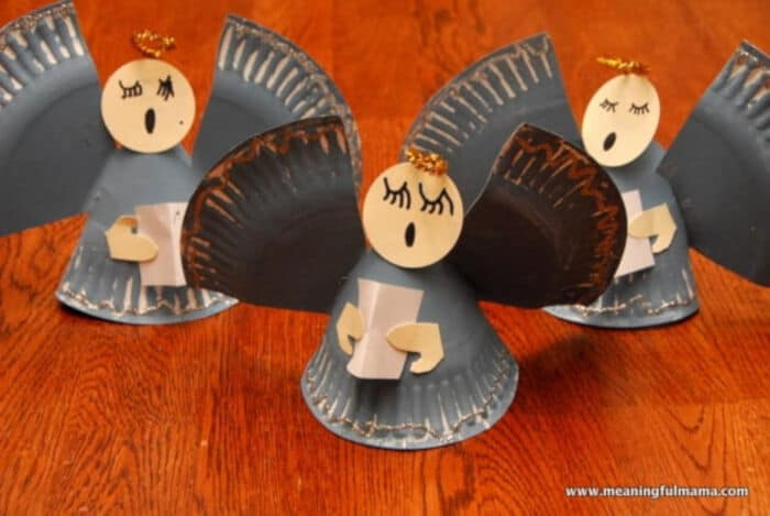 Angel Paper Plate Christmas Craft by Meaningful Mama