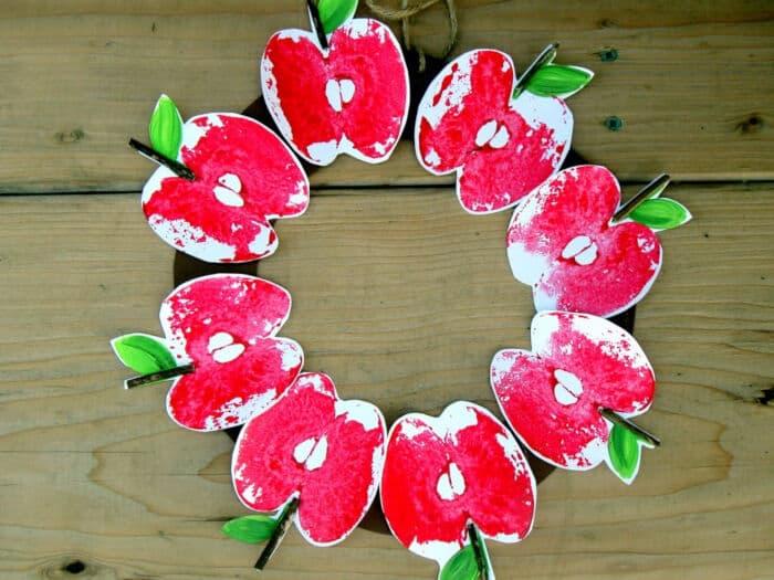 Apple Print Wreath by Craftberry Bush