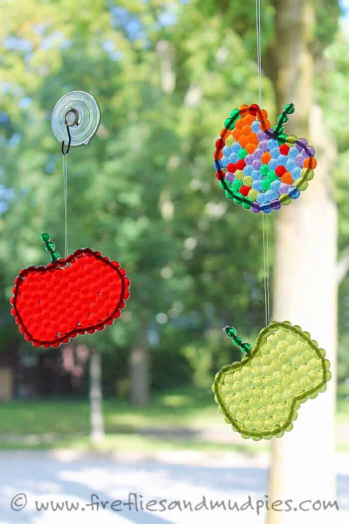Apple Suncatchers by Fireflies and Mud Pies