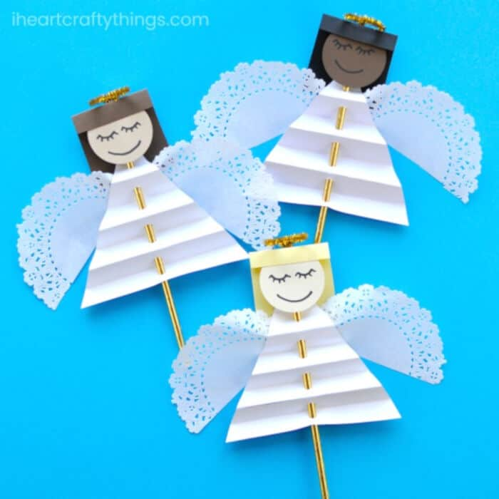 Beautiful Christmas Angel Craft for Kids by I Heart Crafty Things