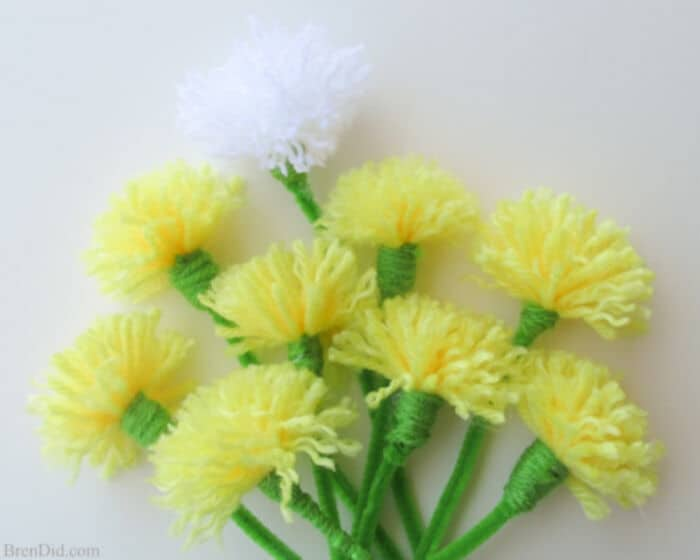 DIY Dandelion Bouquet by Bren Did