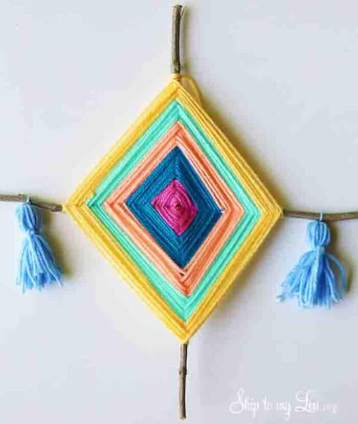 DIY Gods Eye Yarn Art by Make and Takes