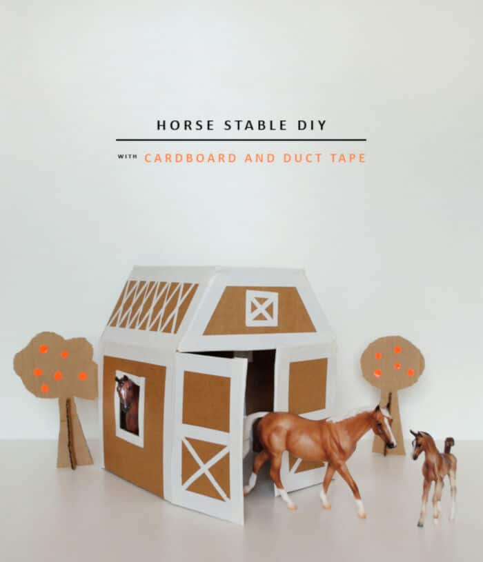 DIY Play Horse Stable by Mer Mag