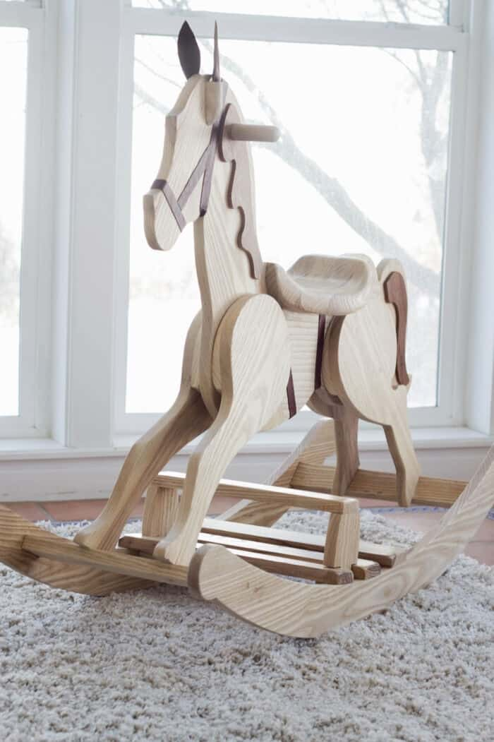 DIY Rocking Horse by Do It Yourself Divas