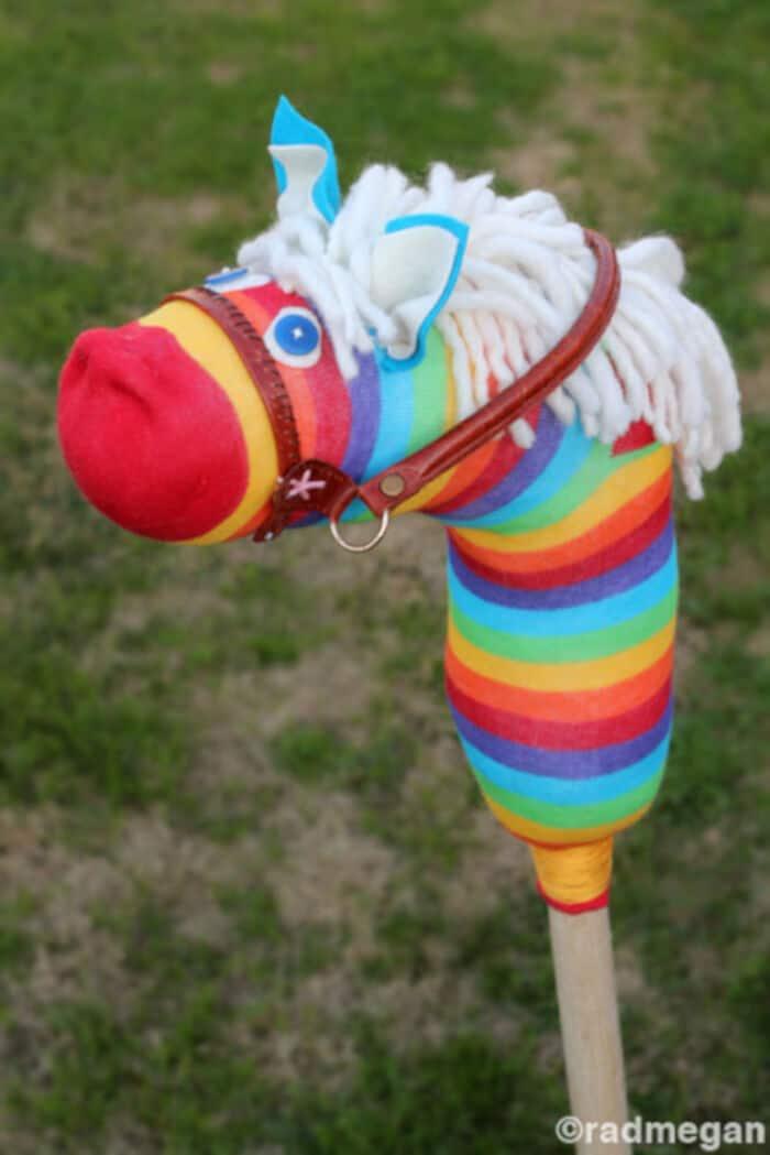 DIY Sock Hobby Horses by Radmegan