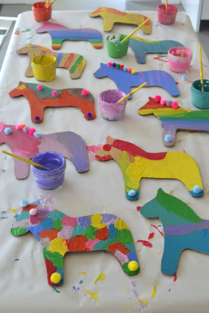 Dala Horse Party Craft by ARTBAR