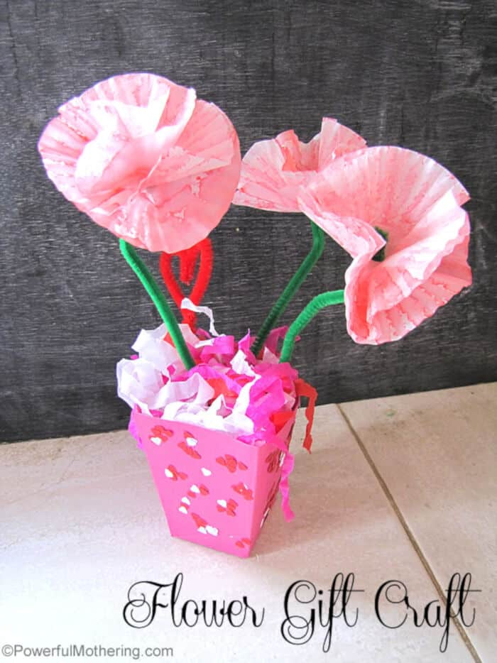 Flower Gift Craft by Powerful Mothering