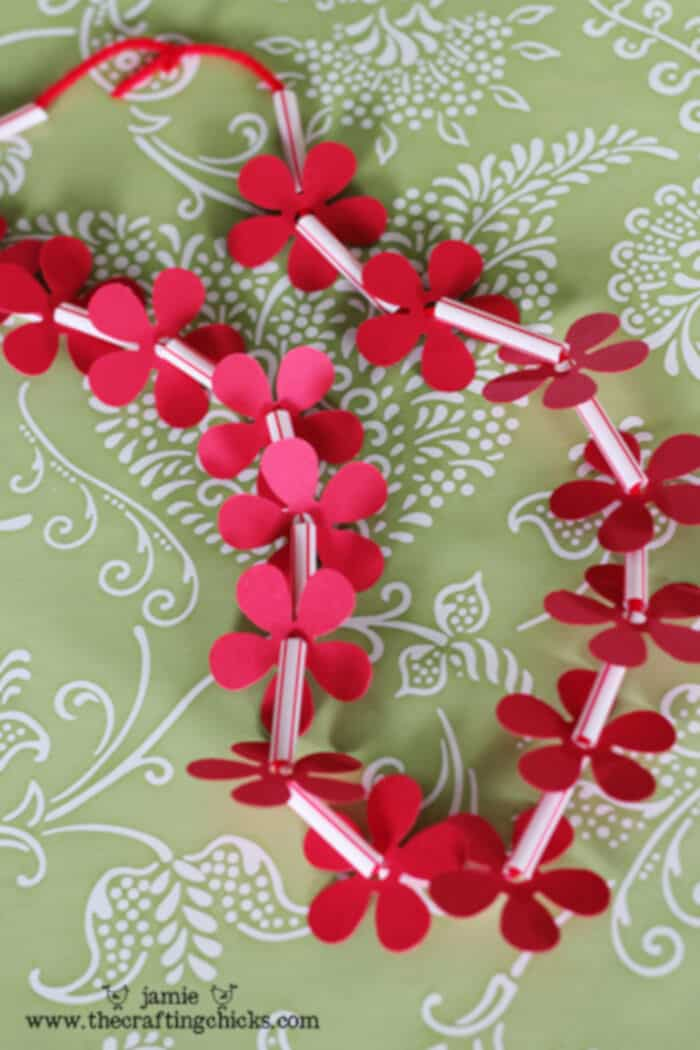 Homemade Hawaiian Leis-Kid Craft by Crafting Chicks
