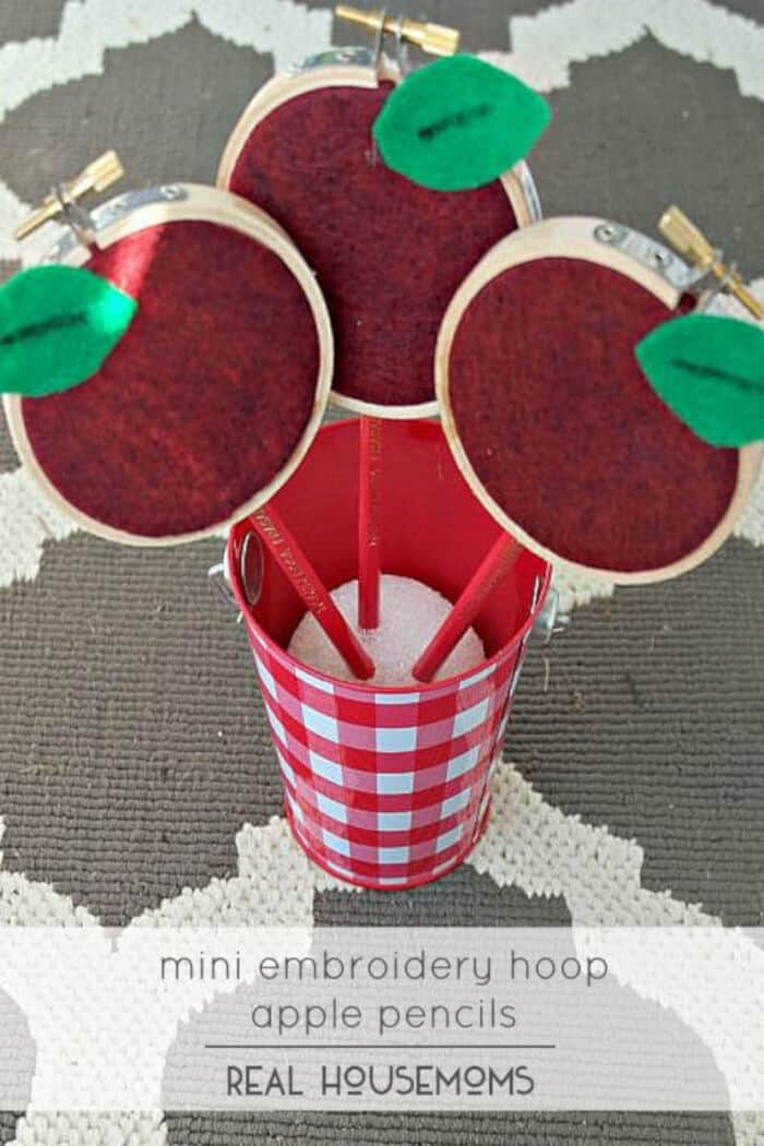 Mini Embroidery Hoop Apple Pencils by Real Housemoms