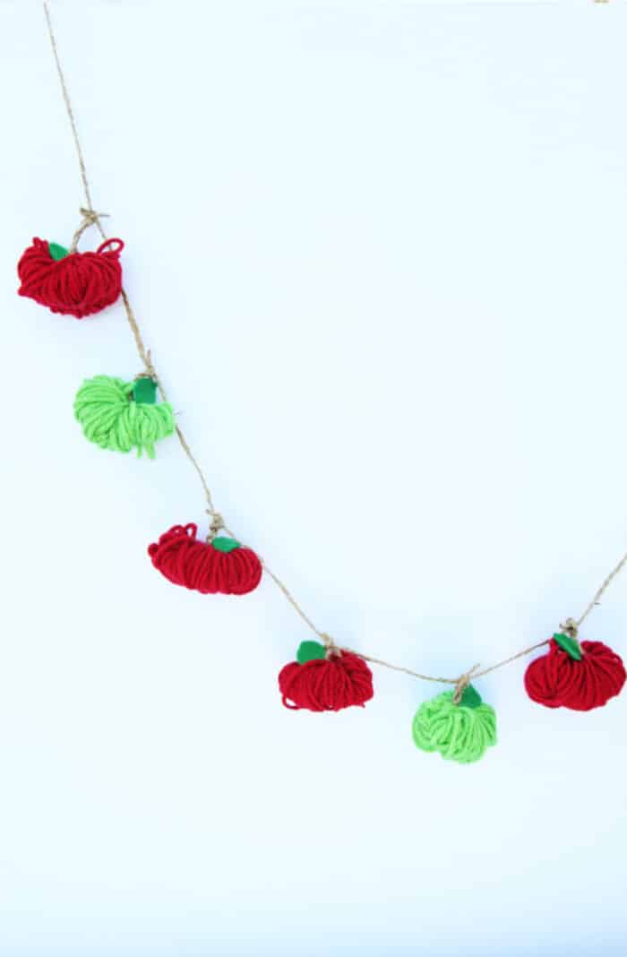 Yarn Apple Garland by The Best Ideas for Kids
