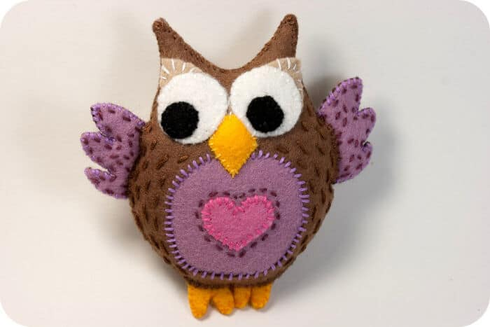 Felt Owl Measuring Tape by Tiny Apartment Crafts