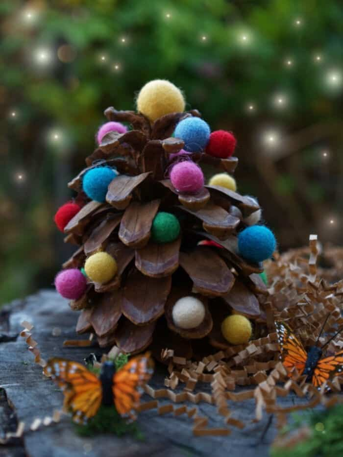 Felted Wool and Pine Cone Christmas DIY by The Magic Onions