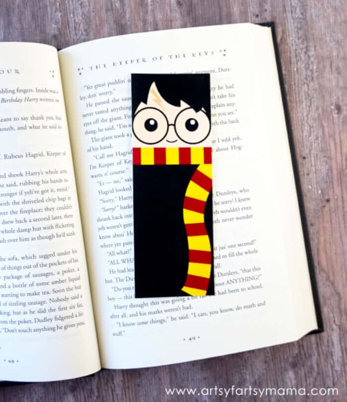 Free Printable Harry Potter Bookmarks by Artsy Fartsy Mama